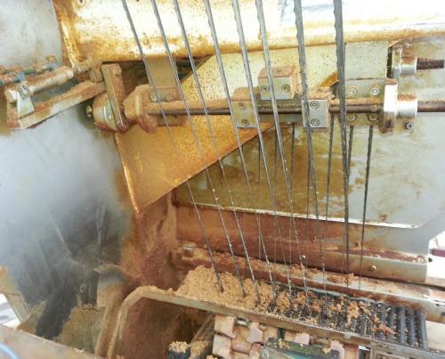 Pramoninio įrenginio valymas sausu ledu.Prieš